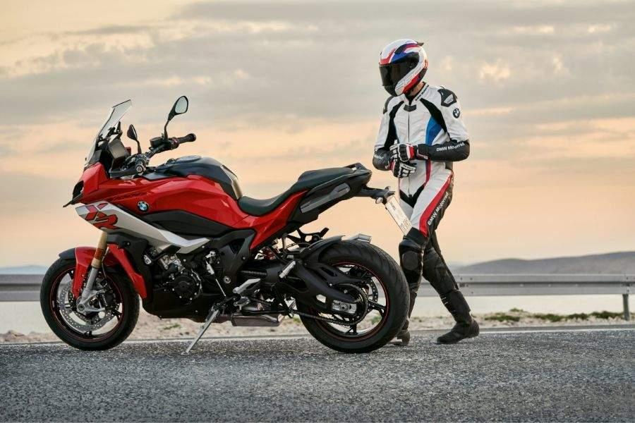 Carnet de conducir de moto en España